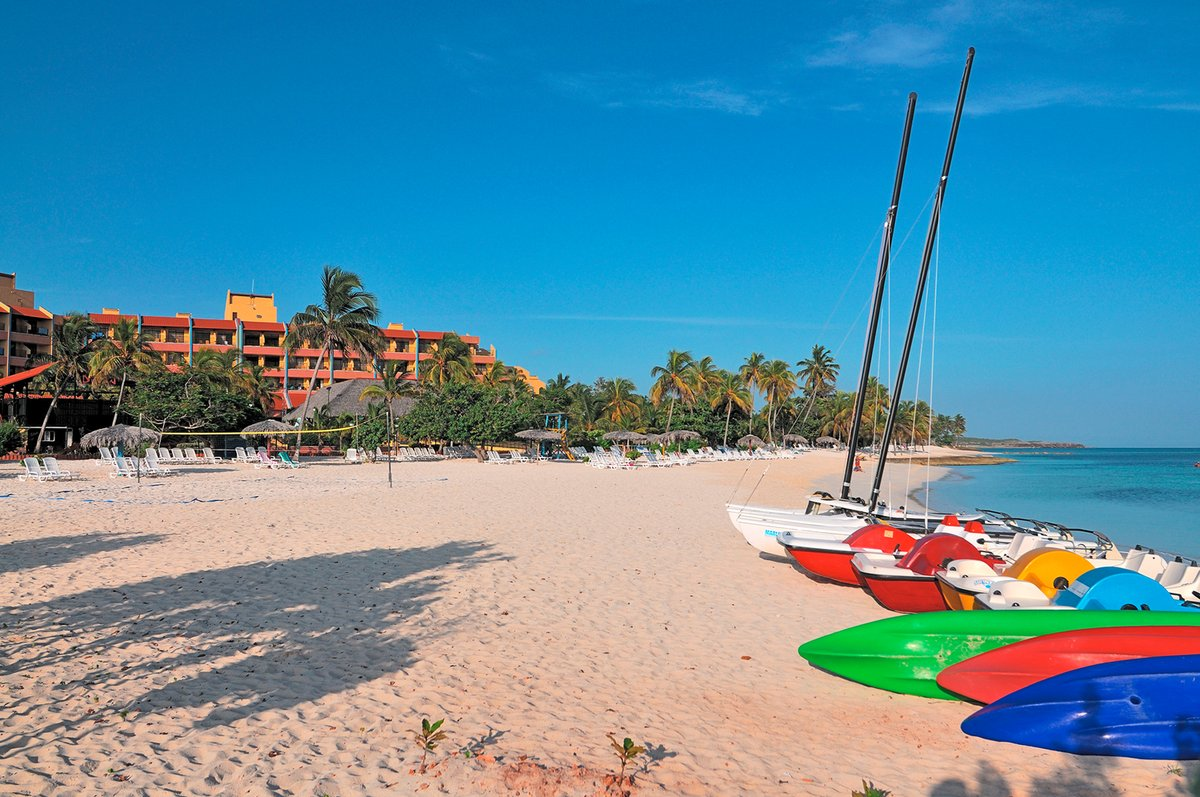 BRISAS GUARDALAVACA BEACH RESORT | Guardalavaca