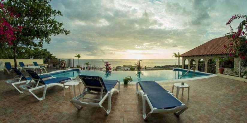 LE MIRAGE RESORT | Negril