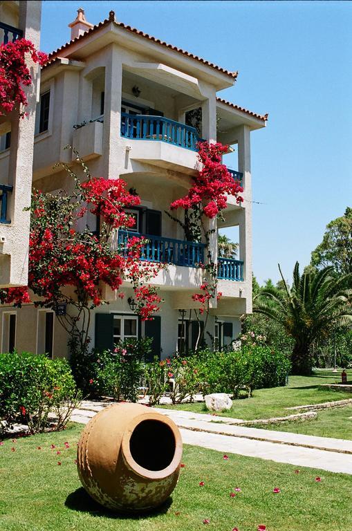 HYDRELE BEACH | Samos