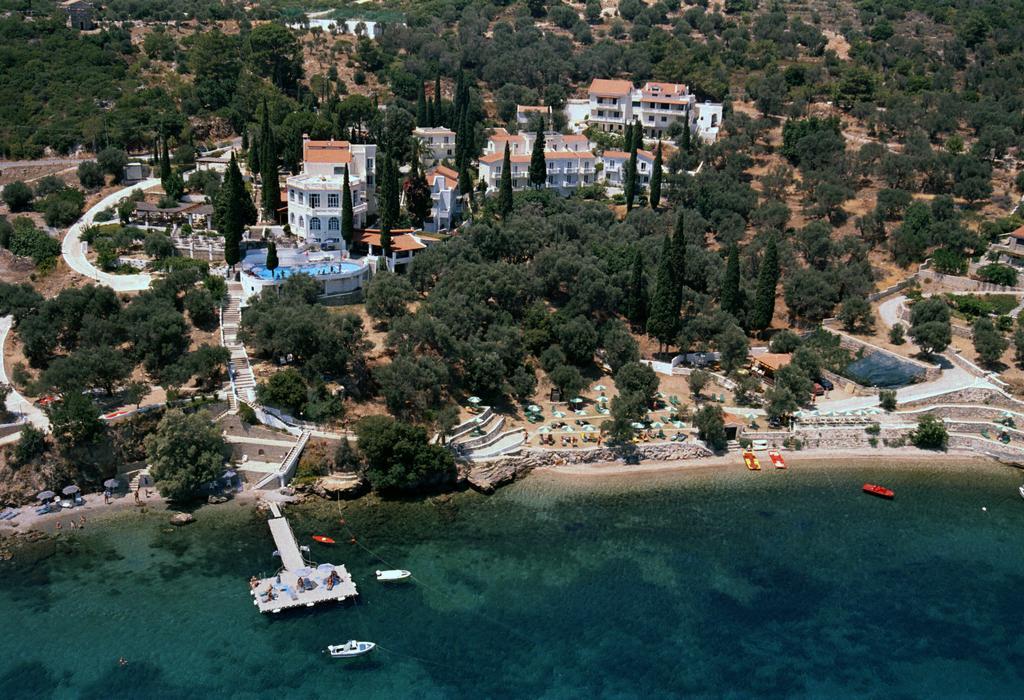 KERVELI VILLAGE   Samos