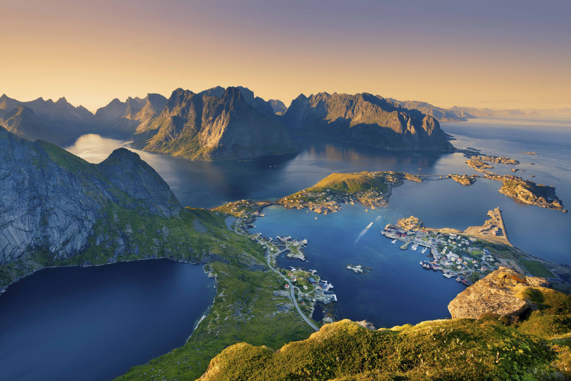 LAPPONIA, CAPO NORD E ISOLE LOFOTEN | Tour Lapponia e Norvegia