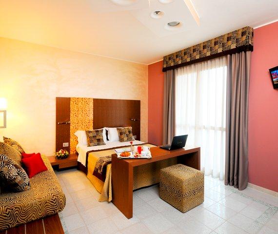 SERENA MAJESTIC HOTEL E RESIDENCE - HOTEL | Pescara