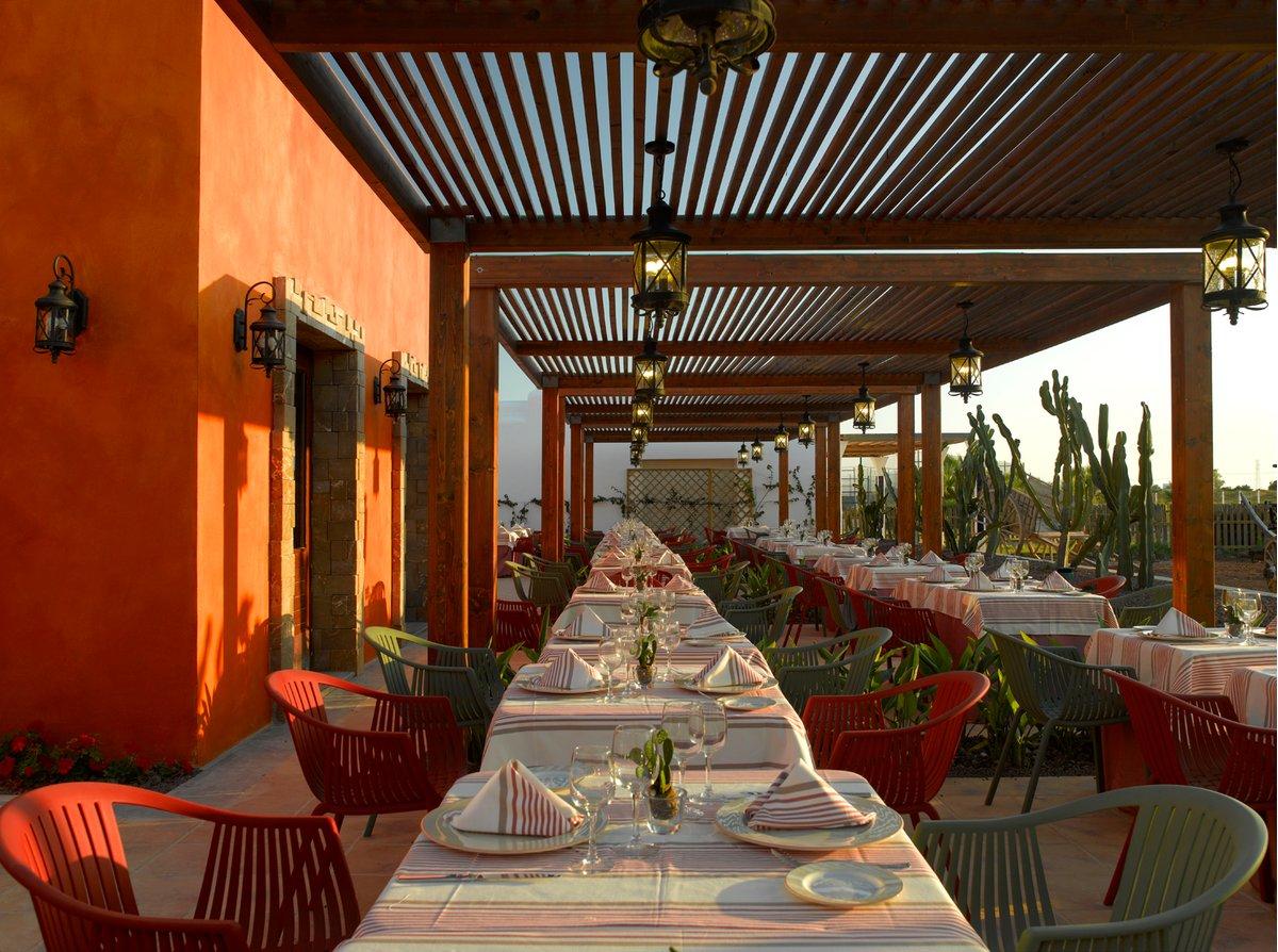 GRAND PALLADIUM RESORT & SPA, PALACE IBIZA E WHITE ISLAND - GRAND PALLADIUM PALACE IBIZA | Ibiza