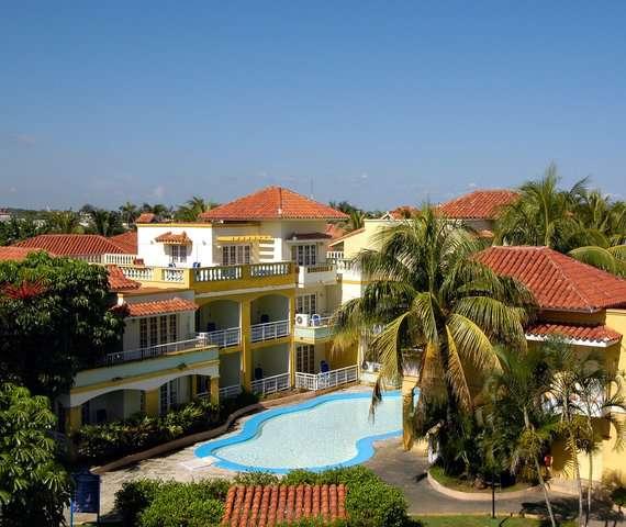 HOTEL COMODORO | Havana