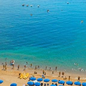 Sardegna . . . . . . . . . . . . [Cala Gonone]