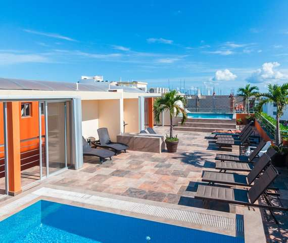 SUNRISE 42 SUITES HOTEL | Playa del Carmen