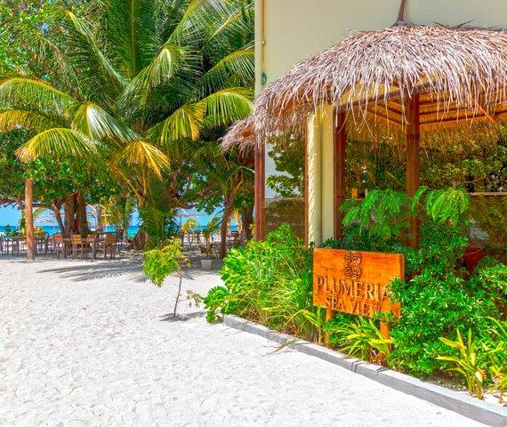 PLUMERIA HOTEL | Atollo di Vaavu