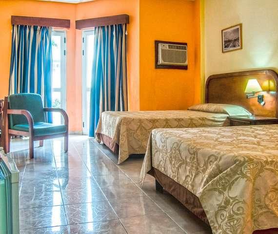 HOTEL PASEO HABANA   Havana