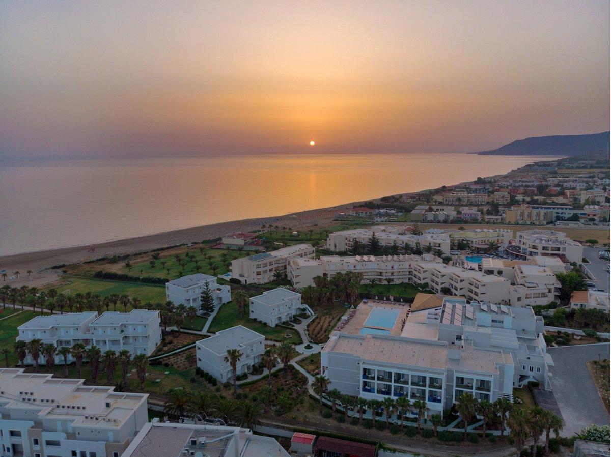 DELFINA BEACH RESORT   Creta