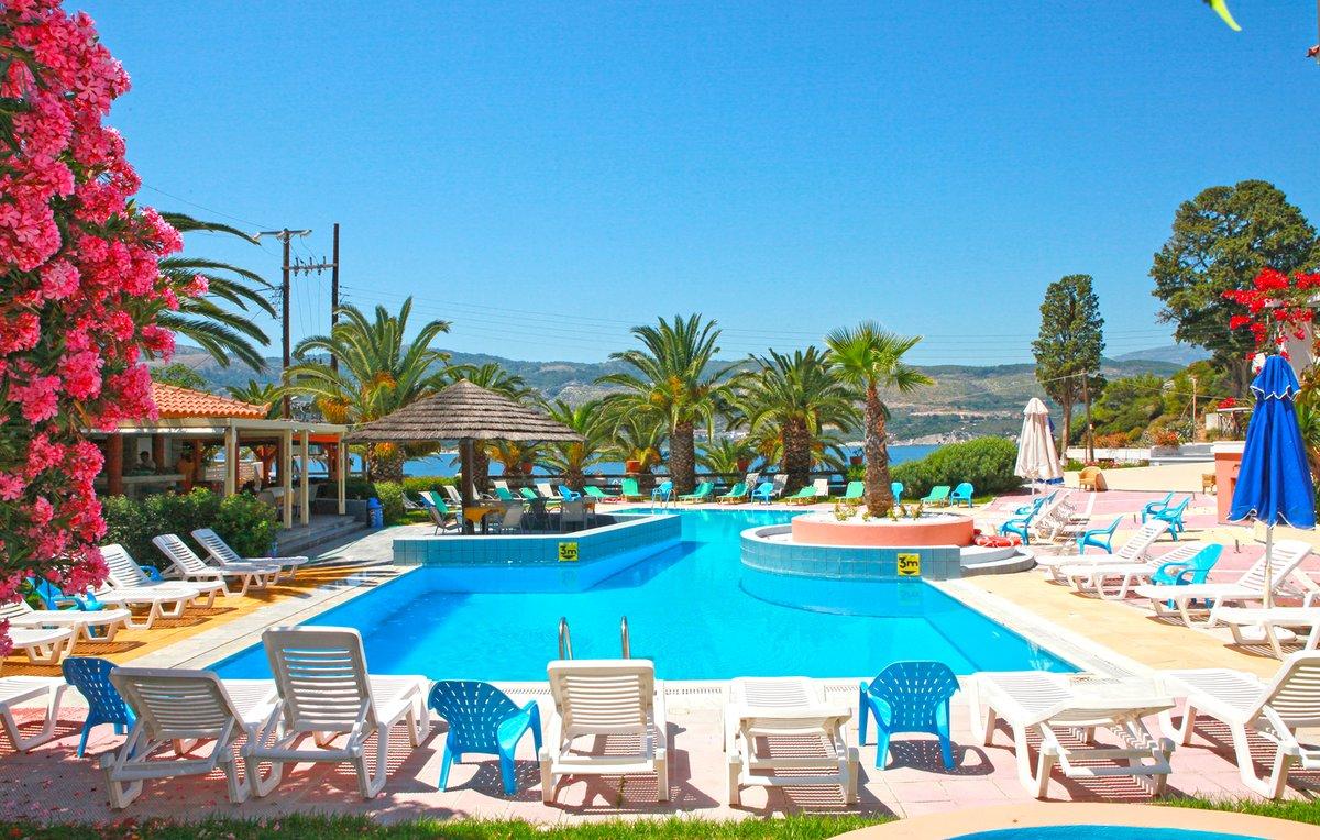 BLUE STYLE RESORT | Samos