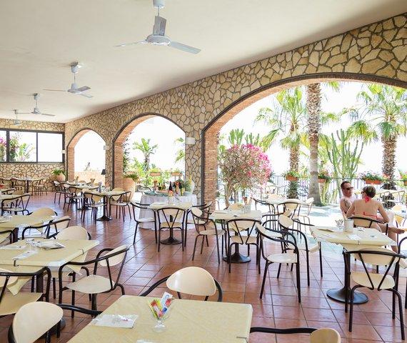 HOTEL OLIMPO - LE TERRAZZE | Letojanni