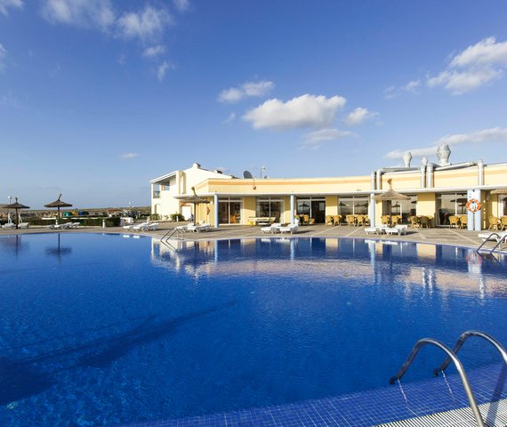 RVHOTELS SEA CLUB MENORCA RESORT | Minorca