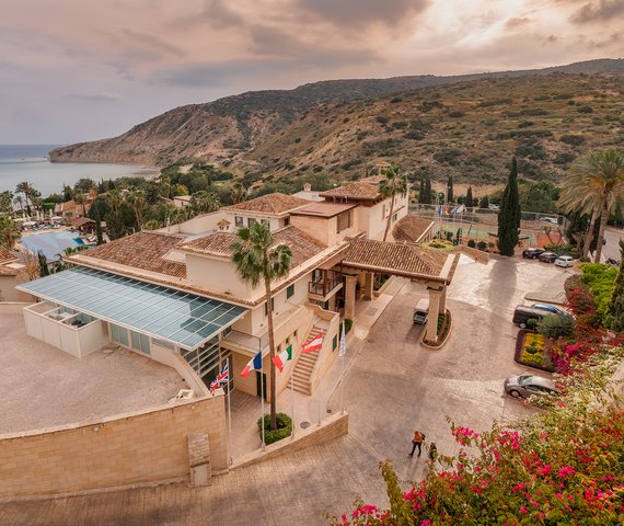 COLUMBIA BEACH RESORT | Cipro