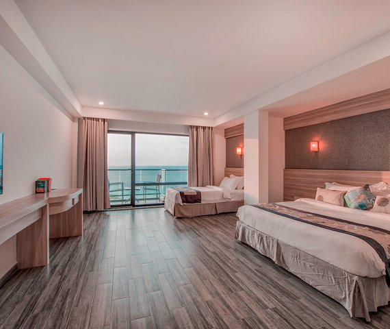 KAANI GRAND SEAVIEW HOTEL   Atollo di Male Sud