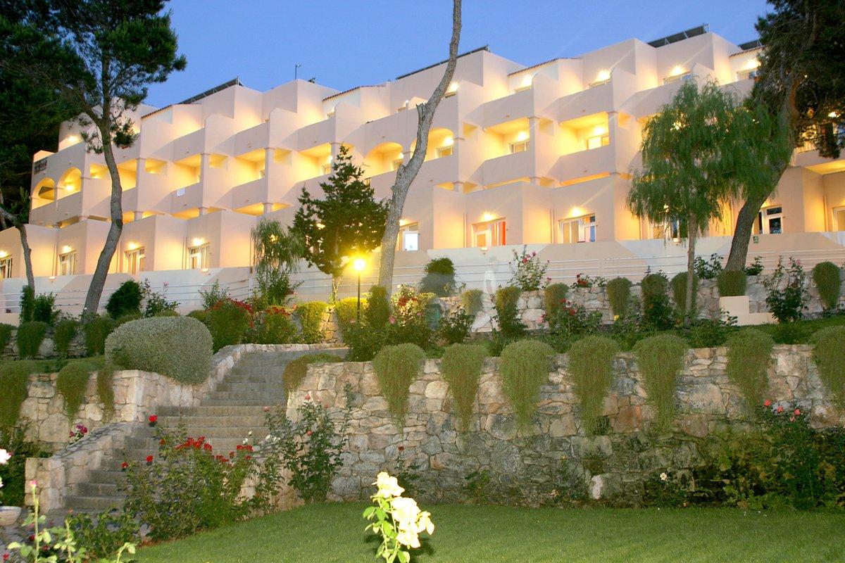 INVISA HOTEL CLUB CALA BLANCA | Ibiza
