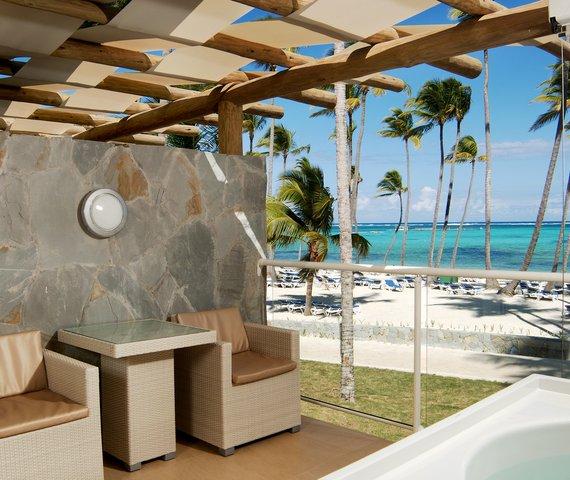 BARCEL\U00F3 B\U00E1VARO PALACE   Punta Cana