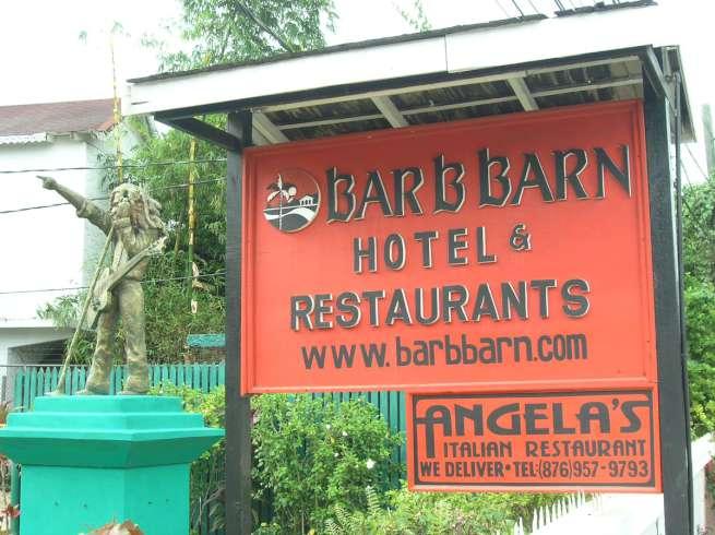 HOTEL BAR B BARN | Negril