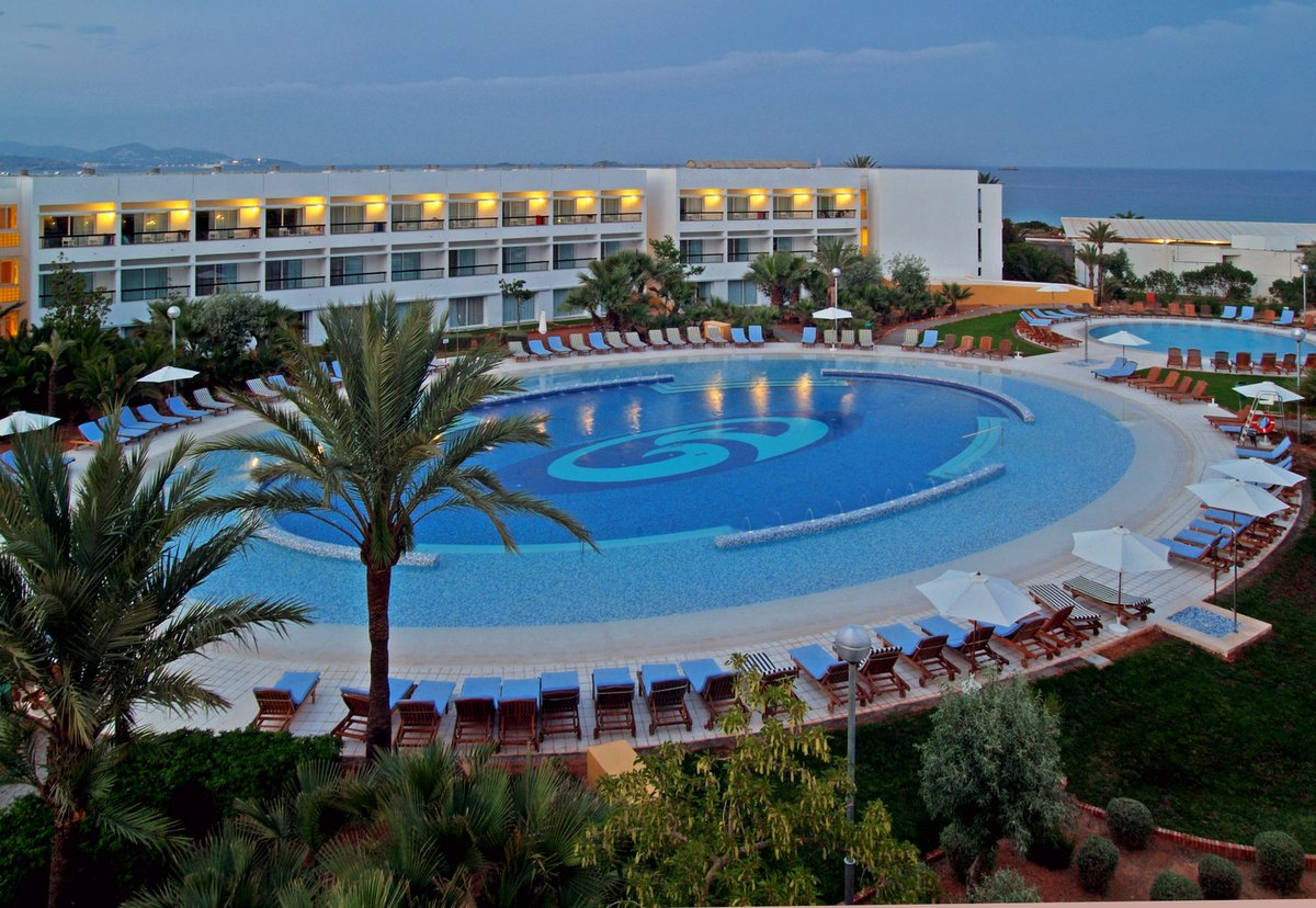 GRAND PALLADIUM RESORT & SPA, PALACE IBIZA E WHITE ISLAND - GRAND PALLADIUM PALACE IBIZA | Ibiza
